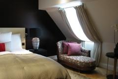 Schweizerhof Hotel - 13